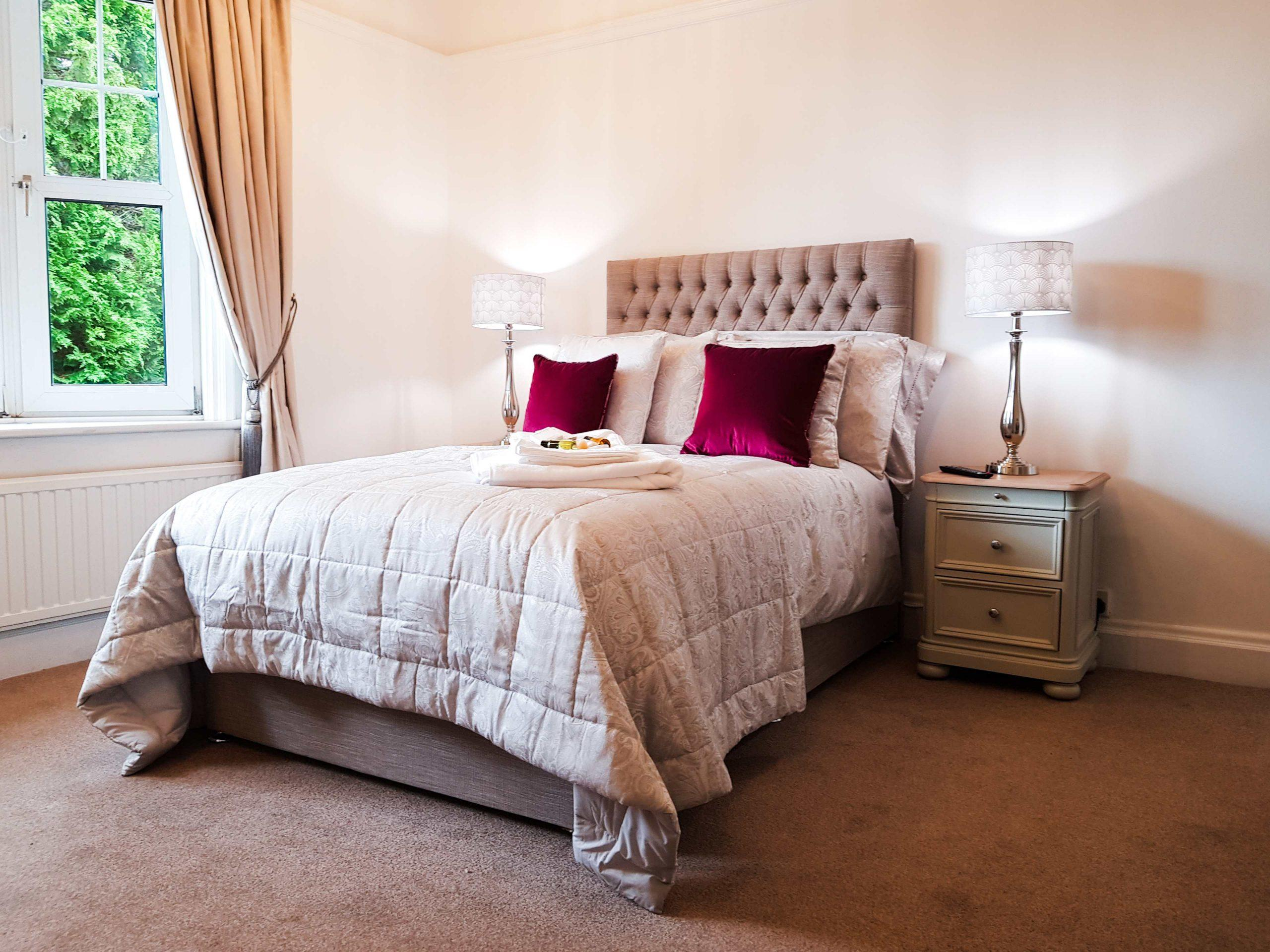 Care home beds; tips to help you choose the right bed for your residents.