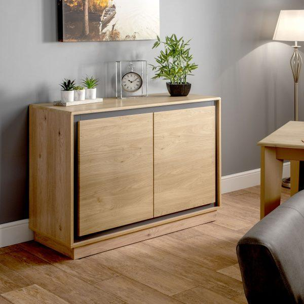 L202-sideboard-close-up